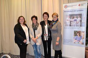 Unsere Jubilarinnen Frau Heidi Gehlert und Frau Irina Buchmüller wurden für die 10 jährige Mitgliedschaft im Team PflegePersonal parat geehrt und gefeiert.