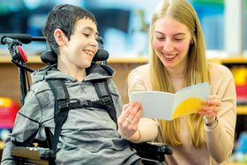 Schulbegleitung im Rahmen des Freiwilligen Sozialen Jahres