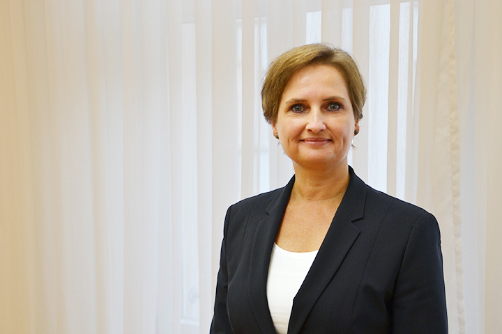 Annett Holland - Leitung Lohnbuchhaltung